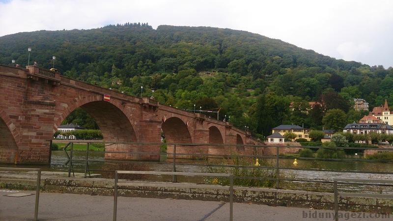 Heidelberg köprüsü