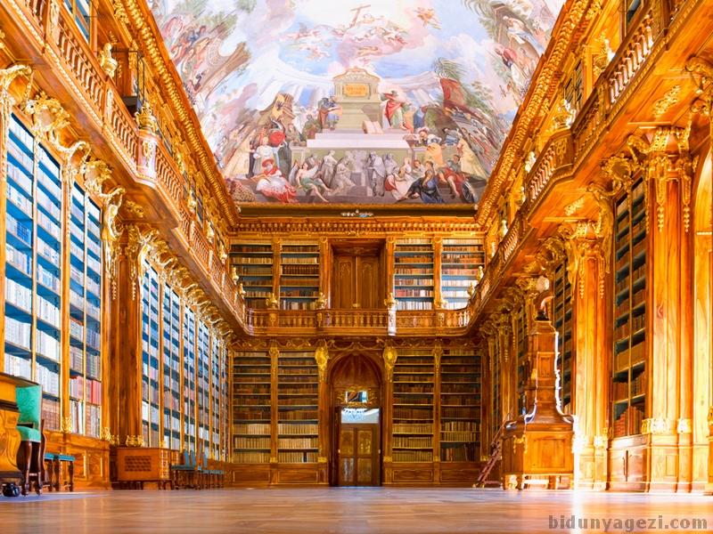 Strahov kütüphanesi