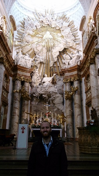 Karl kilisesinin içi